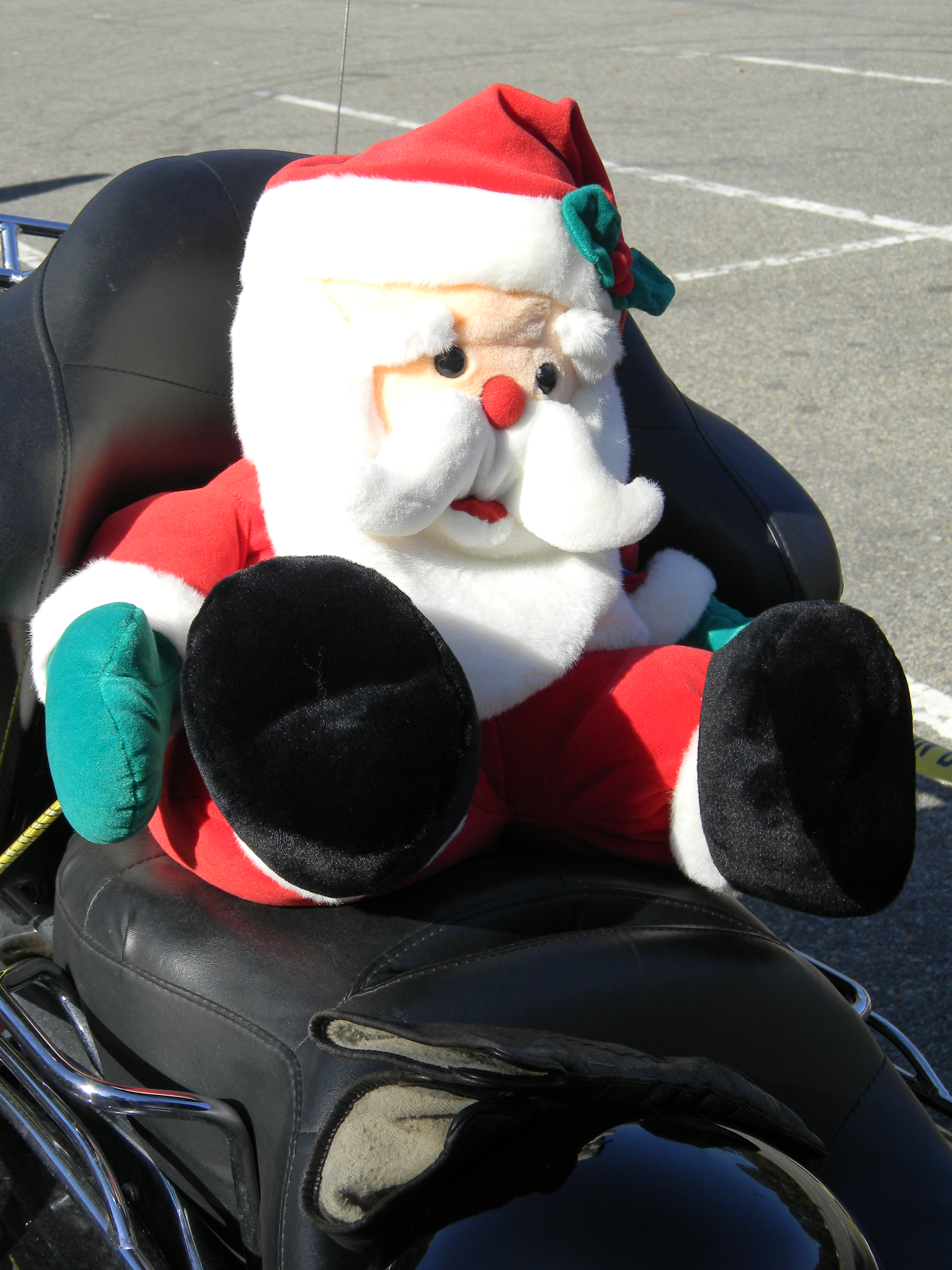 Bikers Toys For Tots : Easy riding santa sports