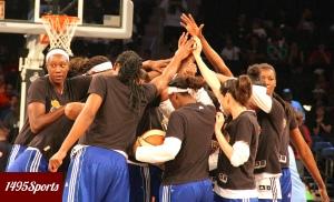 The New York Liberty Huddle. Photo by: Stacy Podelski/1495 Sports
