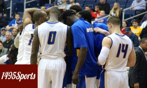 Hofstra Men's Basketball Huddle. Photo by: Stacy Podelski/1495 Sports