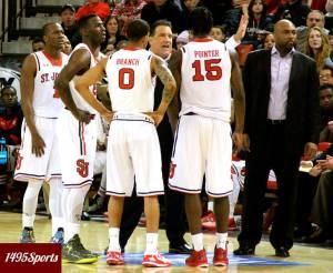 St John's Men's Basketball team huddle. Photo by: Stacy Podelski/1495 Sports