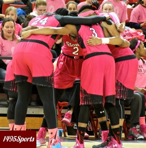 The St. John's Women's Basketball Team Huddle. Photo by: Stacy Podelski/1495 Sports